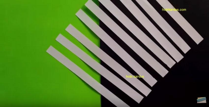 potongan kertas hvs bahan sekat laci kardus